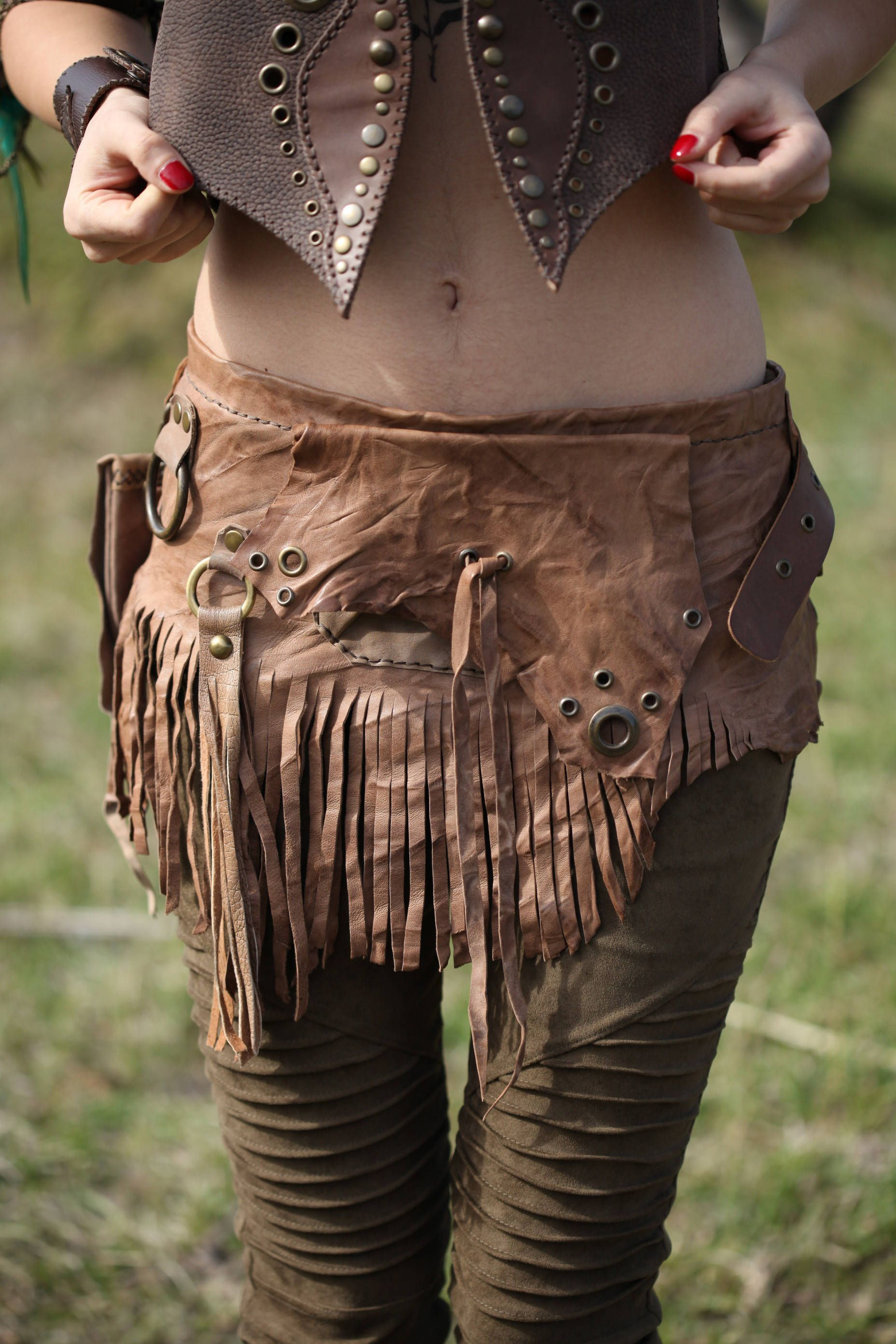 bad022b375 Leather Bustle Skirt - Tribal Fringe Hip Belt - Belly Dance Wasteland Wrap  Skirt - Native American Skirt - Festival Post Apocalyptic Belt by ...