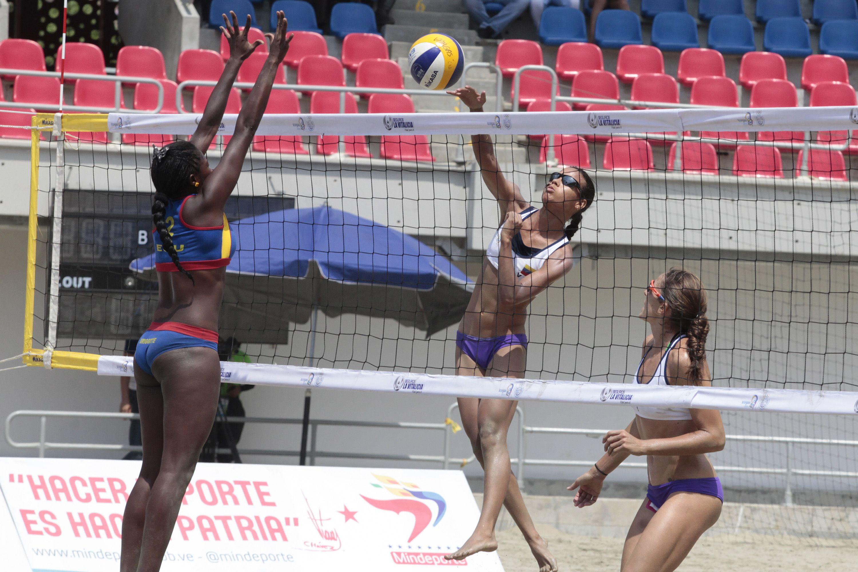 Voleibol de playa femenino Venezuela Vs Ecuador en los III Juegos ...