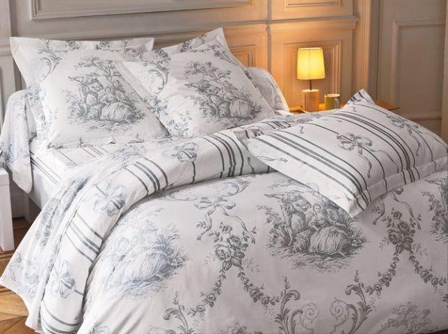 linge de lit interiors linge #de #lit #toile #de #jouy #deco #campagne Photo : Becquet  linge de lit interiors