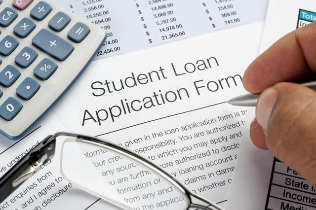 How to Navigate Federal Loans as an Online College Student - students loan application form