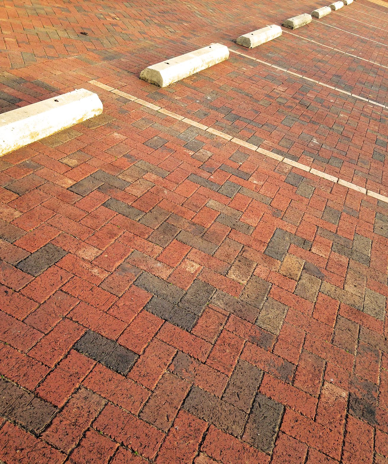 Great Looking Parking Lot Made Of Old Tavern Pavers With