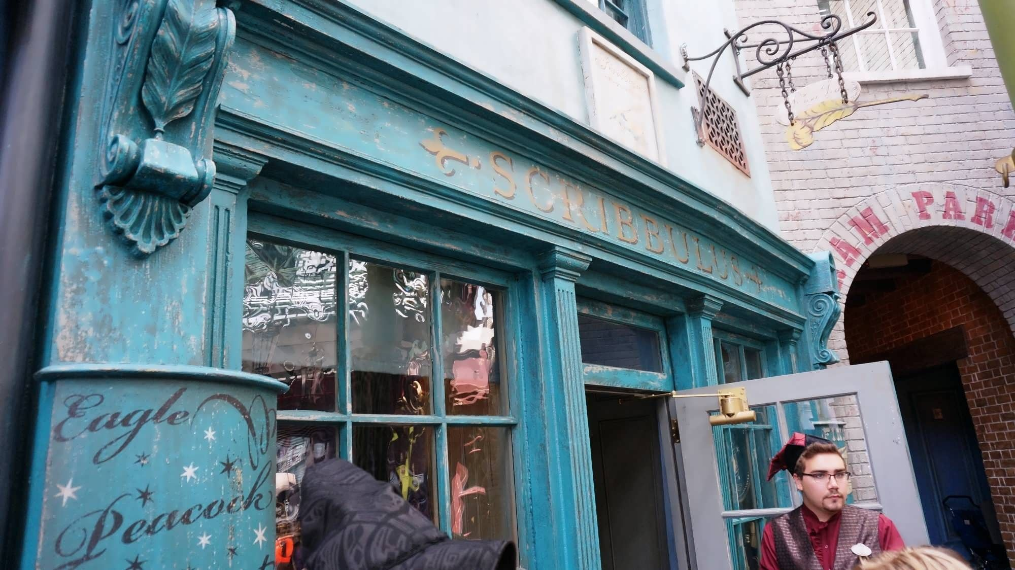 Shopping & merchandise at Wizarding World of Harry Potter