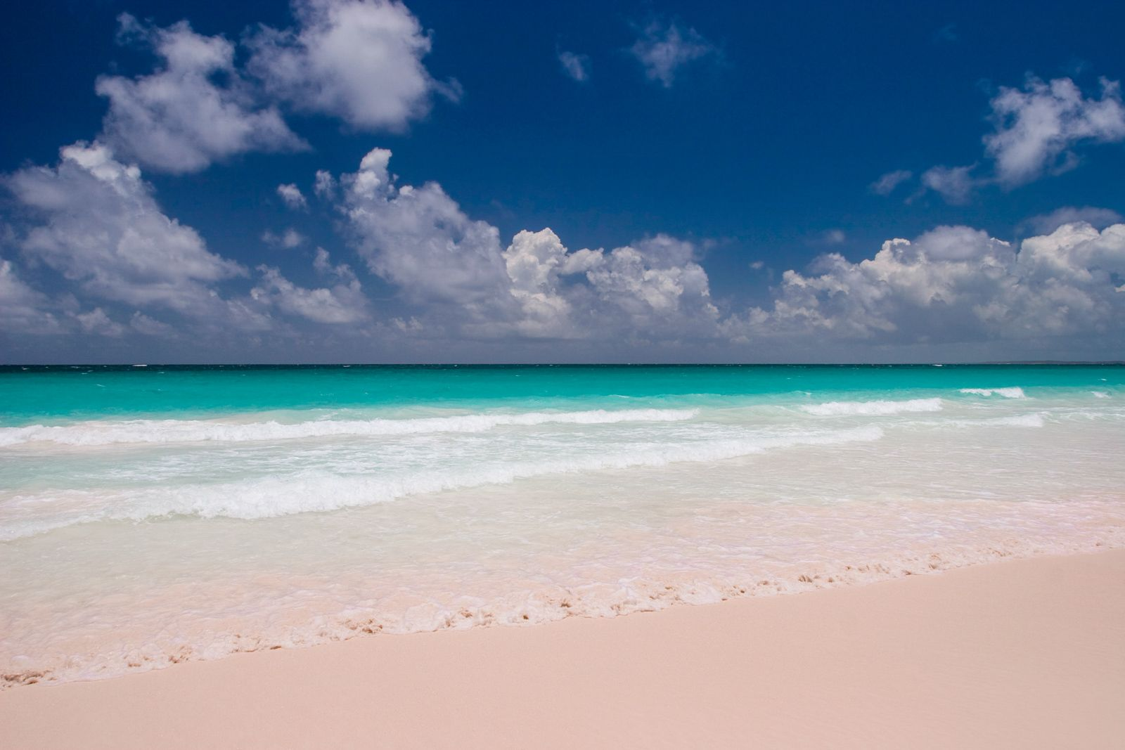 15 Unmissable things to do in the Bahamas   Pink sand ...