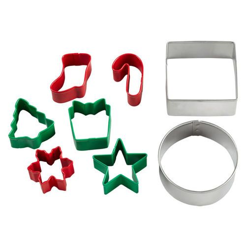 Wilton Christmas Cookie Cutter Set, 8-Pc. | Baking and Cooking ...