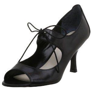 Nine West Women's Roedy Mary Jane Pump (gorgeous shoes, i love em')