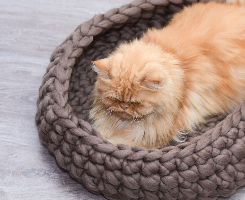 Cat Bed, pet bed, cat furniture, pet basket, merino wool