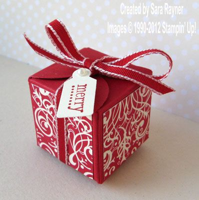 Sara S Darling Little Christmas Box Is Made Using The Petal Card