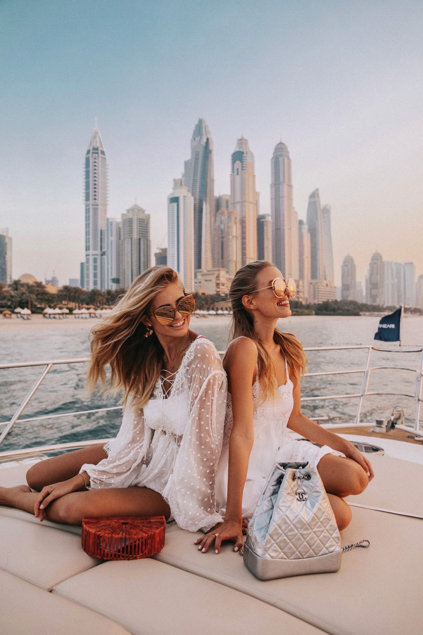 Resultado de imagen para mejores amigas en DUBAI