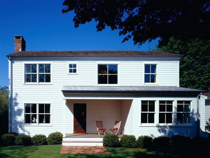 Amagansett House Cwb Architecture Solids And Voids And Different Window Scales Modern Farmhouse Design Farmhouse Addition Modern Farmhouse