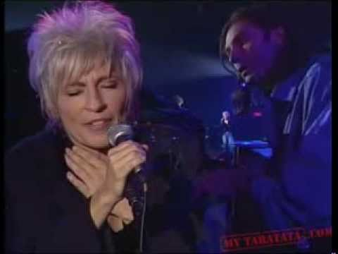 ▶ CATHERINE LARA & ALAIN SOUCHON - La craie dans l'encrier (1993) + PAROLES - YouTube
