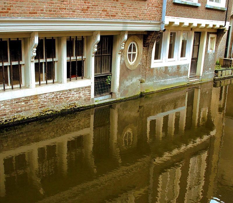zrcadlo - Delft, Jižní Holandsko