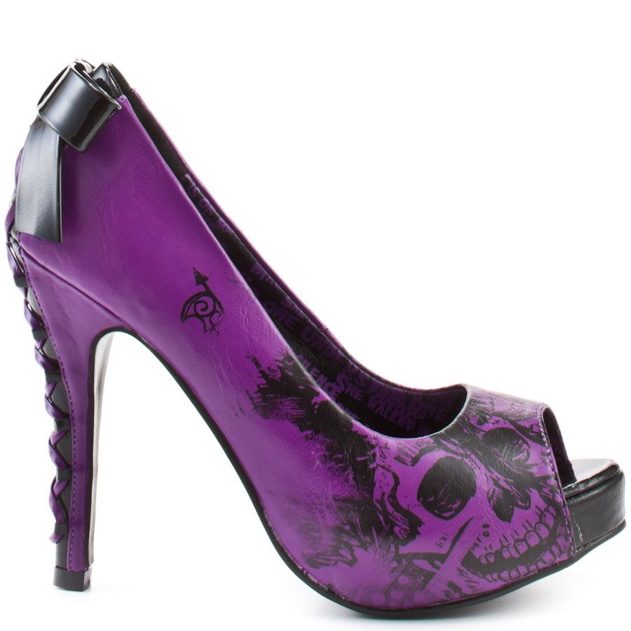 1000  images about Shoes on Pinterest | Skull heels, Zombie prom ...