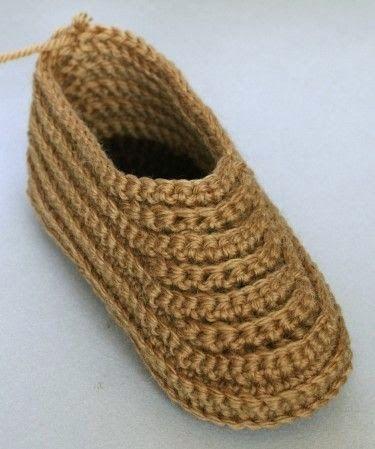 Crocheted Soccasins, a free pattern | SABATES | Pinterest | Zapatos ...
