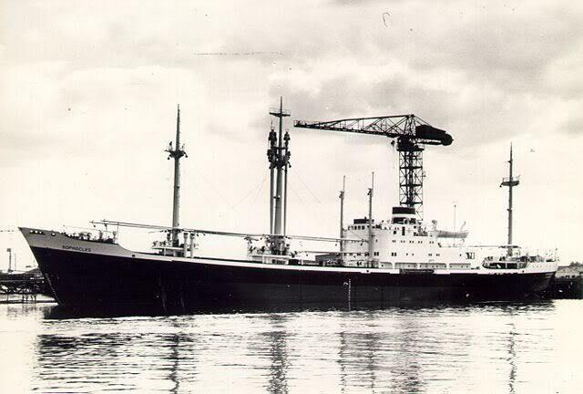 http://koopvaardij.blogspot.nl/2017/02/19-februari-1965-het-ms-sophocles.html SOPHOCLES Bouwjaar 1963, grt 5703 Eigenaar Koninklijke Nederlandsche Stoomboot Maatschappij N.V.