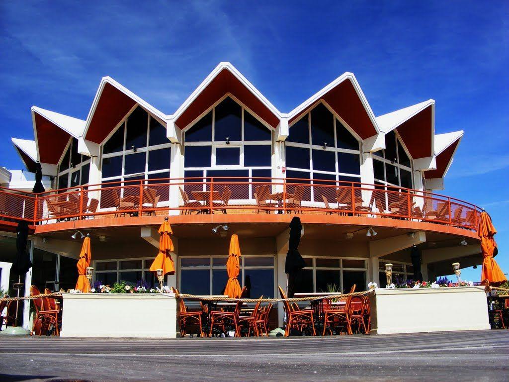 Panoramio - Photos by John Moura > Architecture
