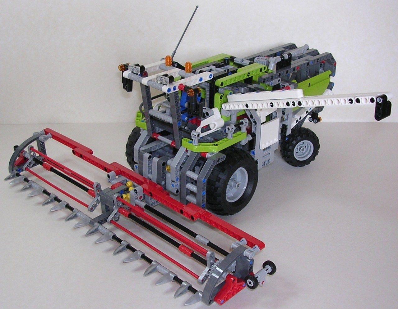 Review lego technic 8274 moissonneuse batteuse lego - Moissonneuse cars ...