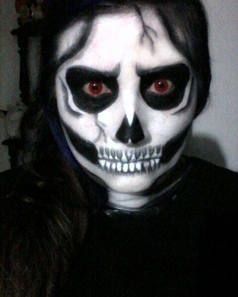 Clásica y básica calavera nunca pasara de moda para halloween