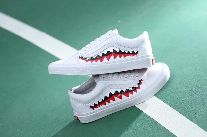 sports shoes 158f0 f2e9e VANS X BAPE SHARK TOOTH CUSTOM MADE SKATING VN0AY8Z7BPX WHIT