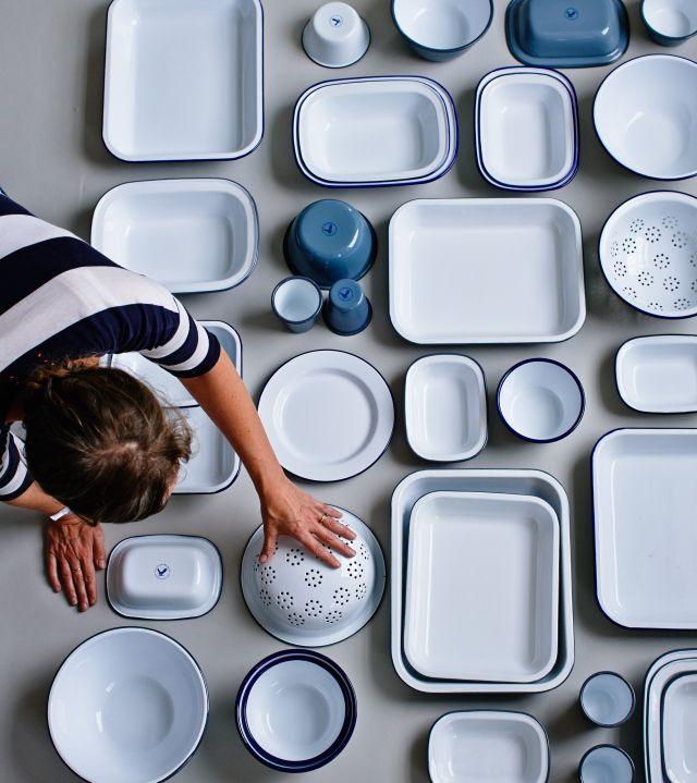 Ikea Coffee Table Millennium Falcon: The Curious Shop Series: The Hambledon