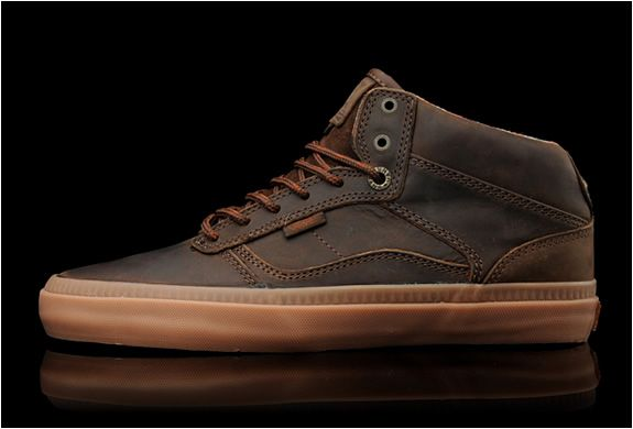 Vans Otw Leather Bedford | Brown & Gum | Leather vans, Vans