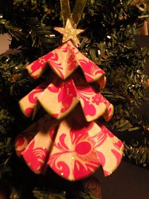 paper tree tutorial at the little blue house Christmas Pinterest