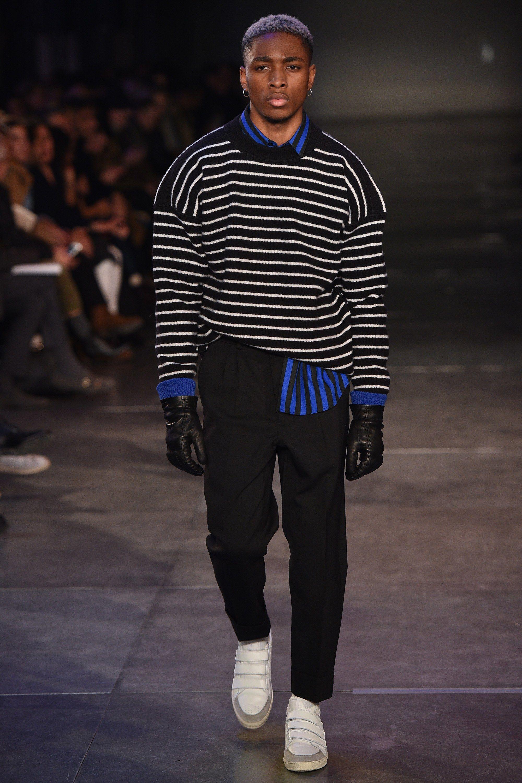 Ami Fall 2017 Menswear Fashion Show   Mode   Menswear   Pinterest   Amis a8e9d23f1d9