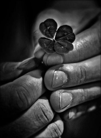 Black & White Photos ~ https://www.pinterest.com/joysavor/black-white/