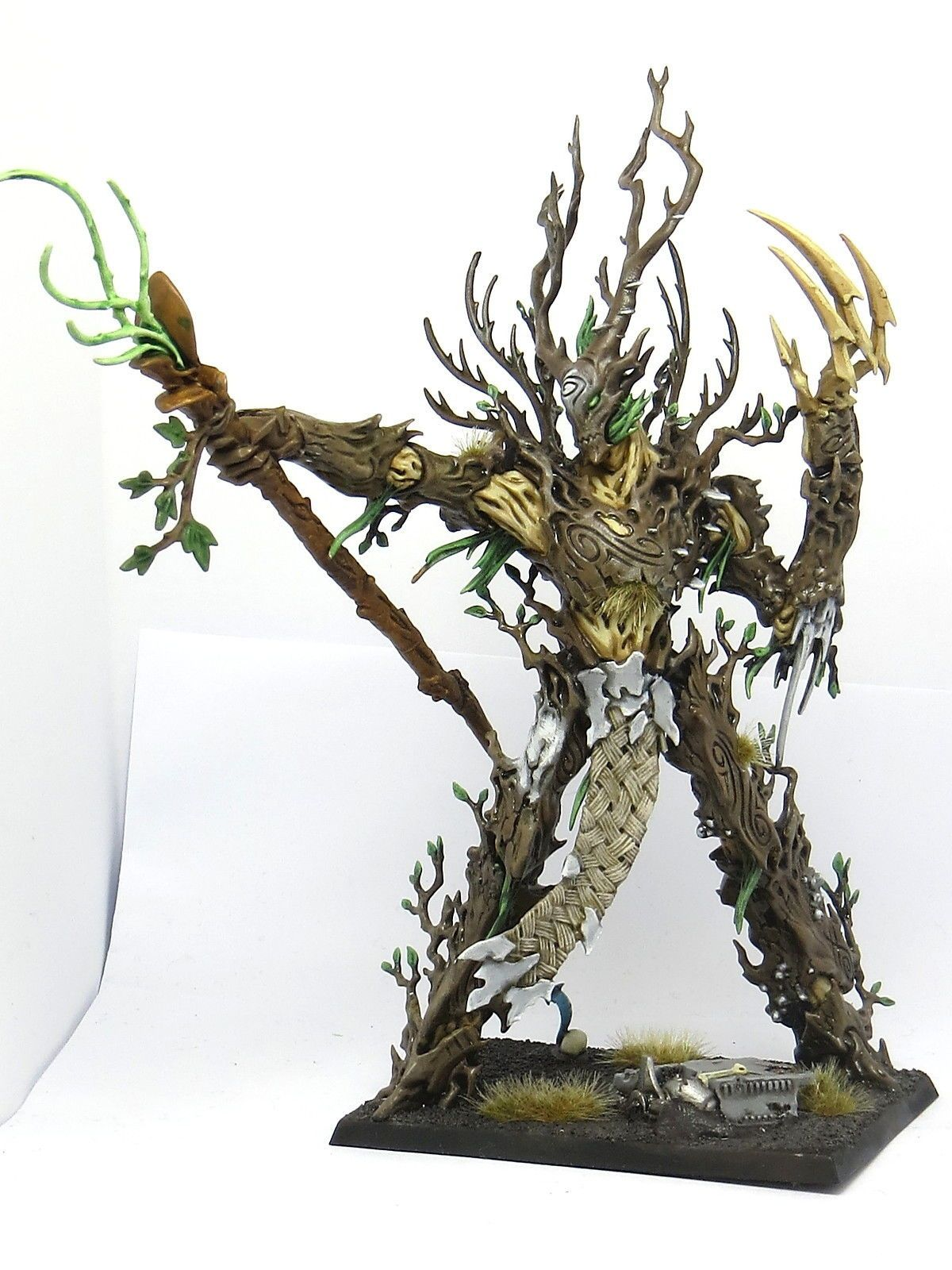 Image result for sylvaneth treelord   Miniature painting. Color schemes. Color