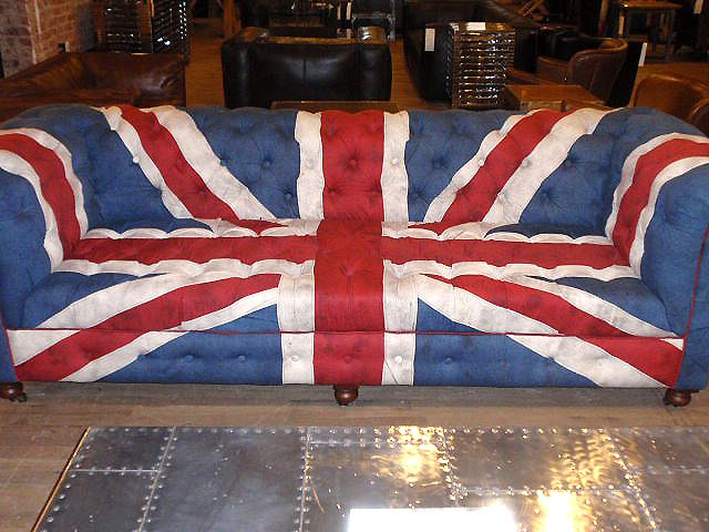 British couch. Someone tell me why the British flag is so stylish compared  to every