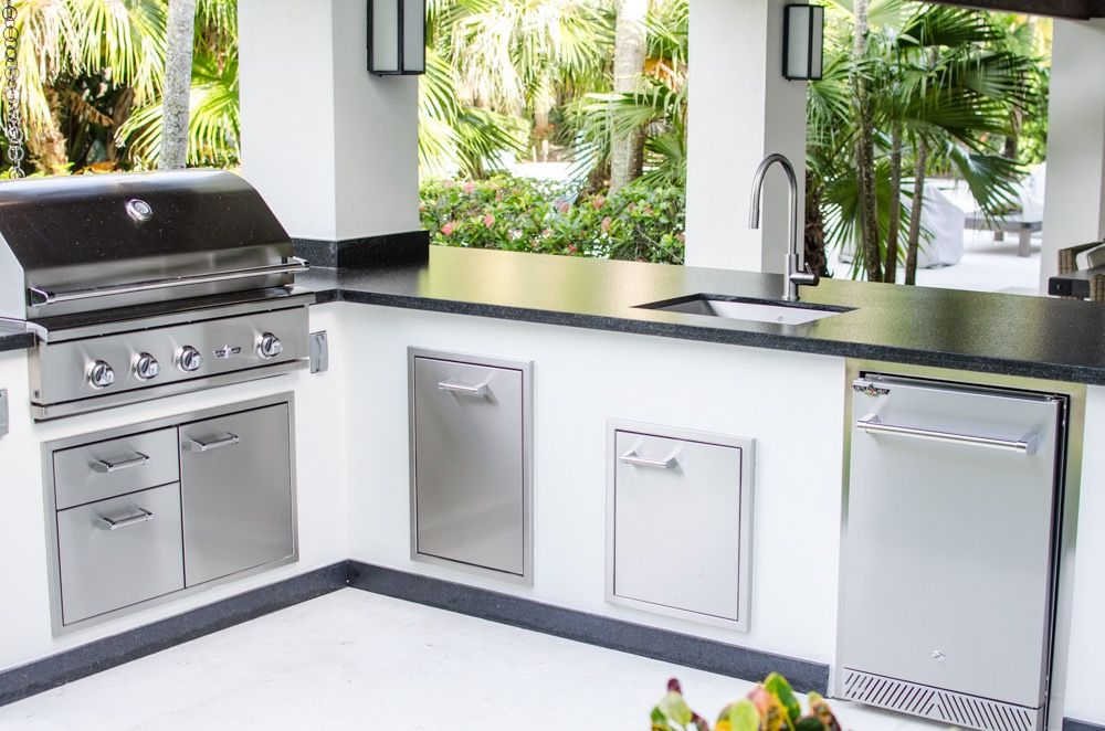 Luxapatio Is South Florida 39 S First Choice For Outdoor Kitchens And Outdoor Kitc Outdoor Kitchen Countertops Kitchen Design Decor Outdoor Kitchen Appliances