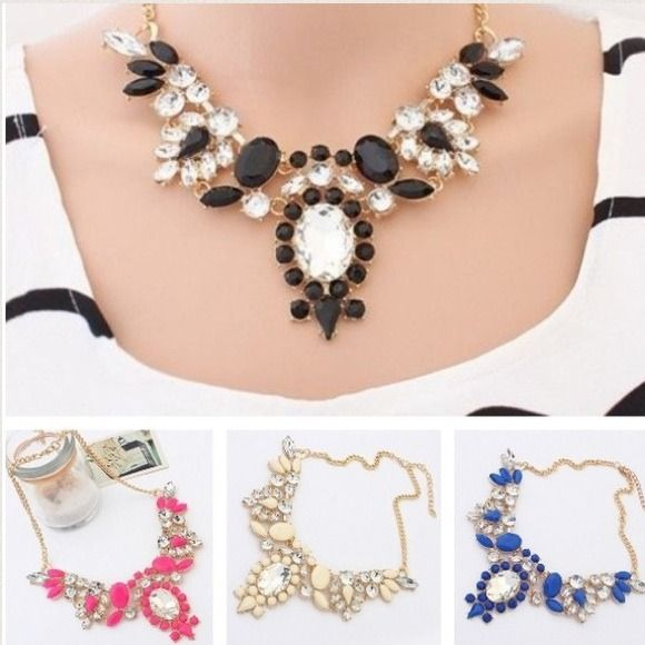CRYSTAL POINTY FLOWER STATEMENT NECKLACE Price is Firm ✨ Material: Alloy, Crystal, & Resin ✨ In Blue Jewelry Necklaces