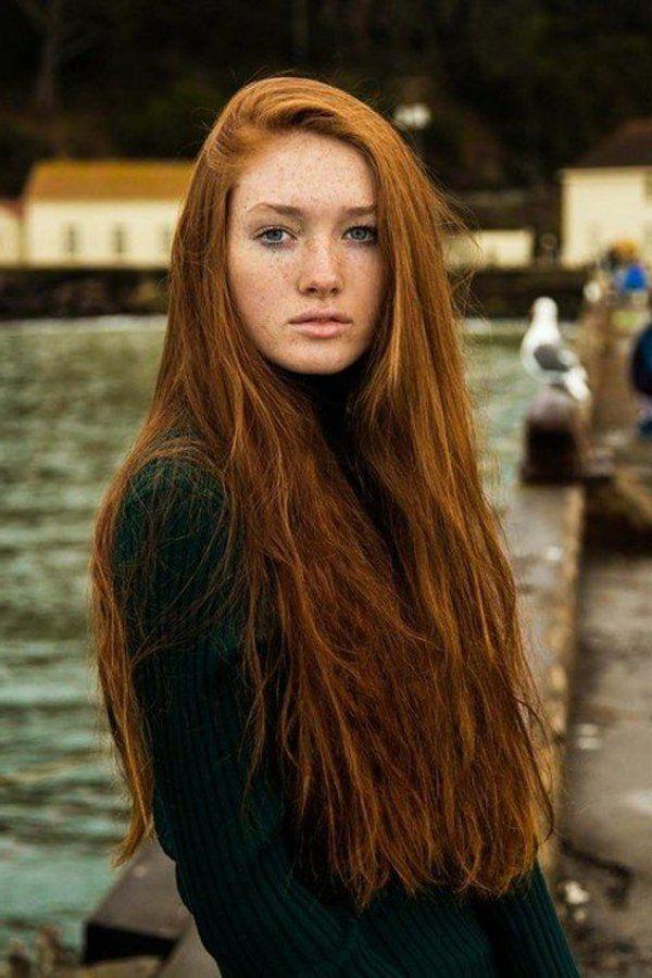 Quelle couleur de cheveux avec yeux bleu