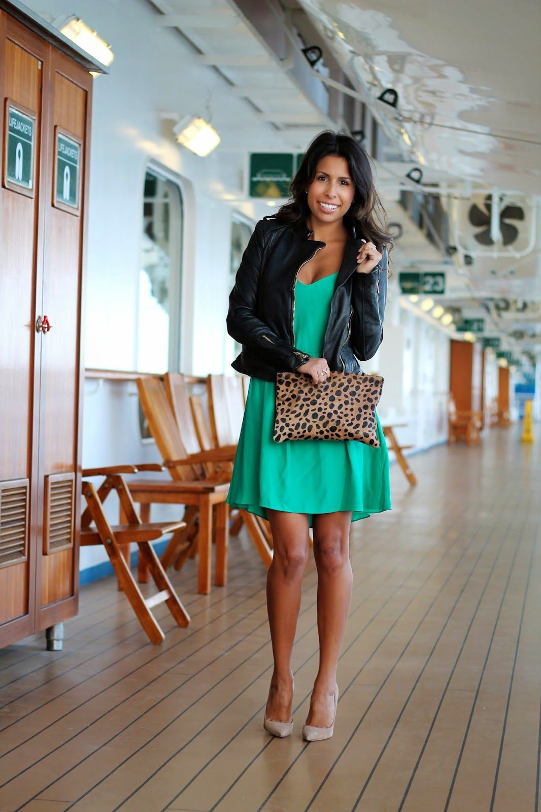 What To Wear On A Cruise Ship Clare Vivier Clutch Green