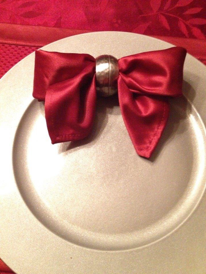 Cute napkin folding idea for the holidays!