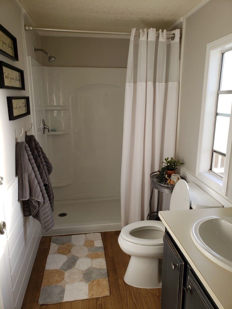 Mobile Home Master Bath. in 2020 Home remodeling, Mobile