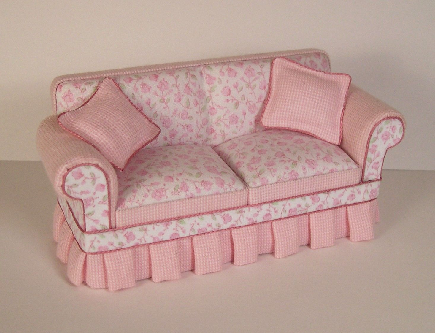 Vintage Shabby Chic Furniture | Shabby Chic Sofa [SC100] : Leeu0027s Line  Wholesale Dollhouse Miniature .