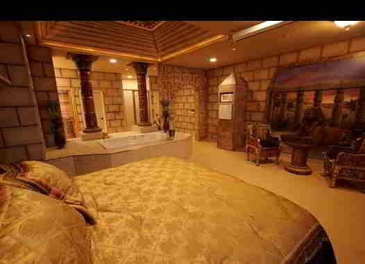 Attrayant Interior Design: Egyptian Style. I Would Kill For A Bedroom Like This.