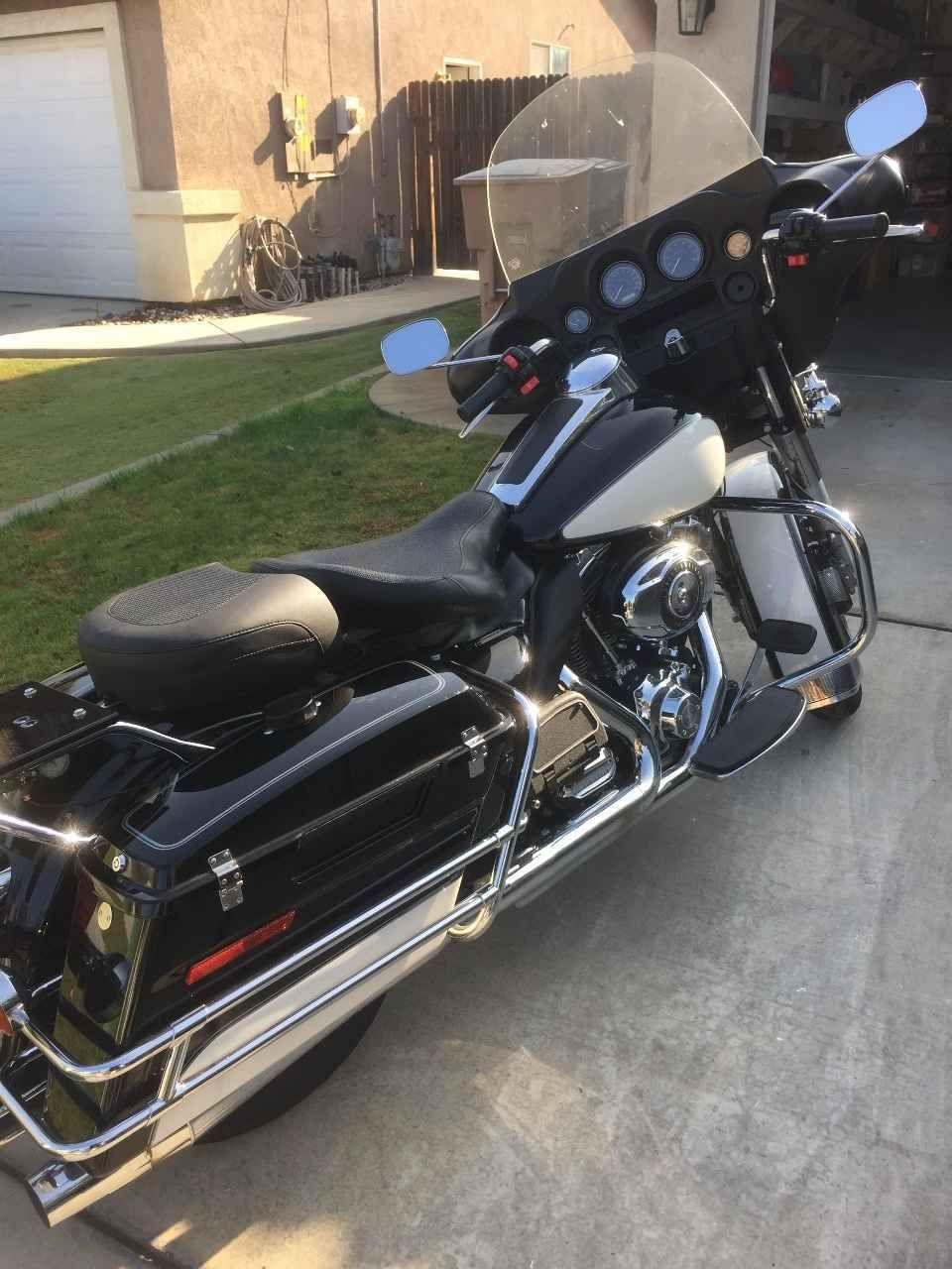 2010 Harley Davidson Electra Glide Police Harley Davidson Electra Glide Harley Davidson Harley [ 1280 x 960 Pixel ]