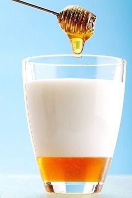 ماسك العسل والحليب اخلطي ملعقة صغيرة من العسل مع Health Beauty Glass Of Milk Beauty