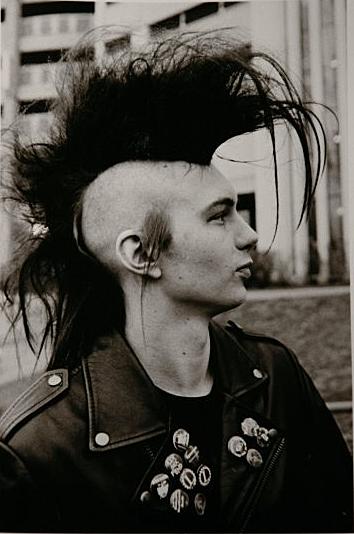 Pin By Dafna On The Church Photography Black And White 2 Punk Guys Punk Rocker Punk Fashion