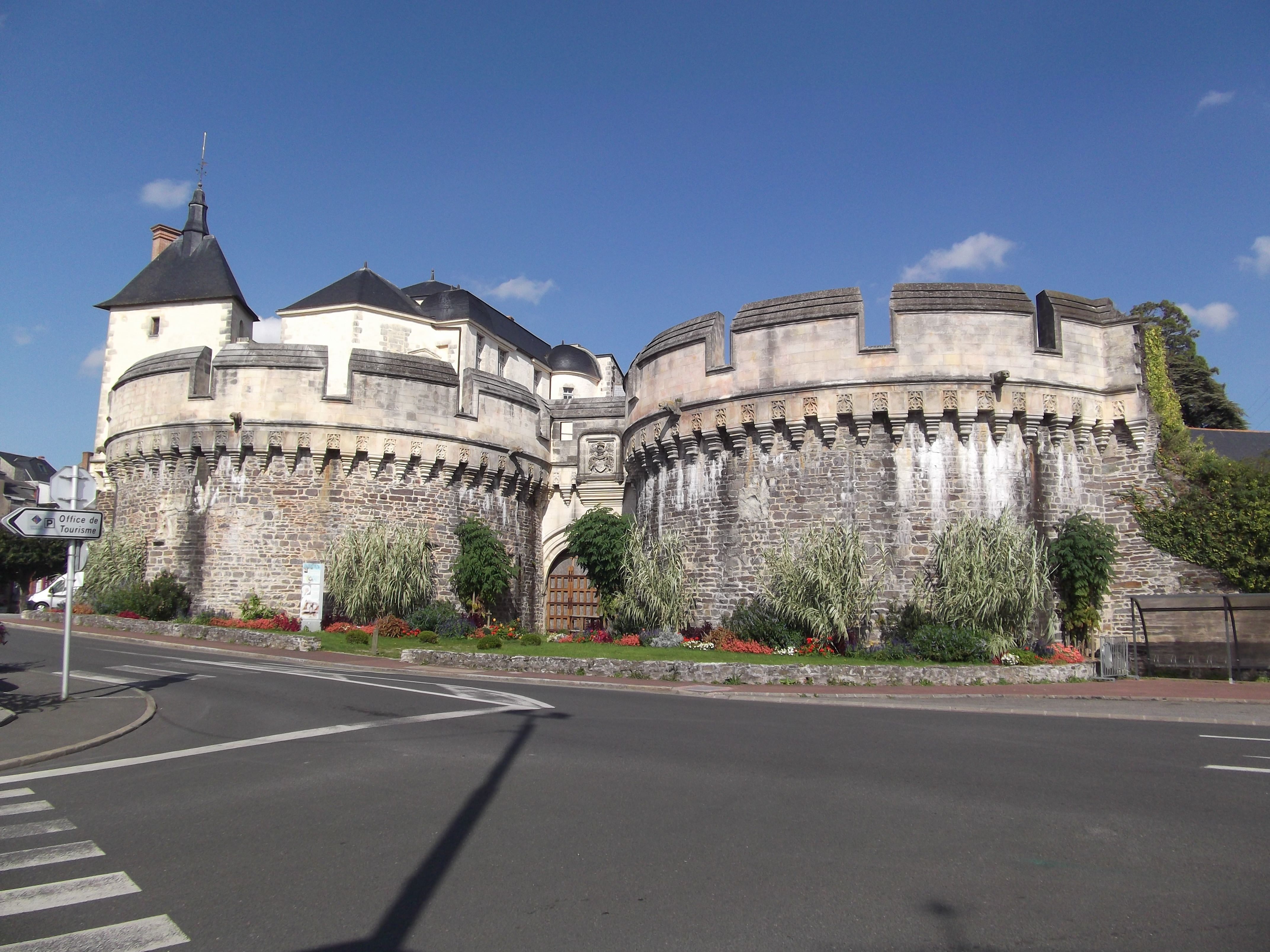The main attraction in Ancenis is the Chateau of Ancenis.