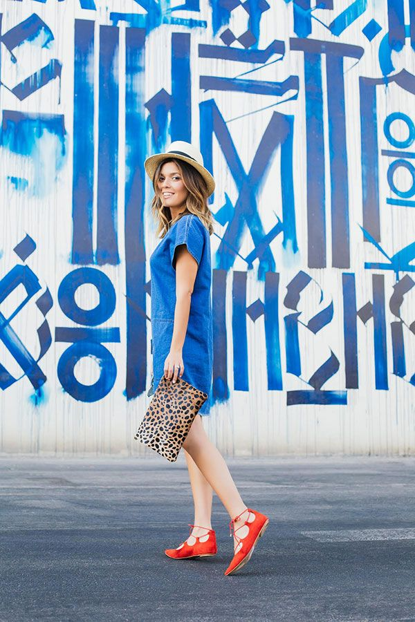 Sara of Style MBA keeps it simple and chic this summer.