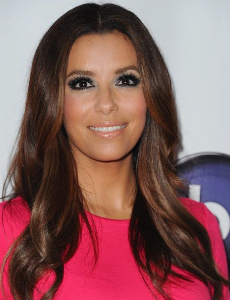 eva longoria layered cut frisur haar und runde. Black Bedroom Furniture Sets. Home Design Ideas