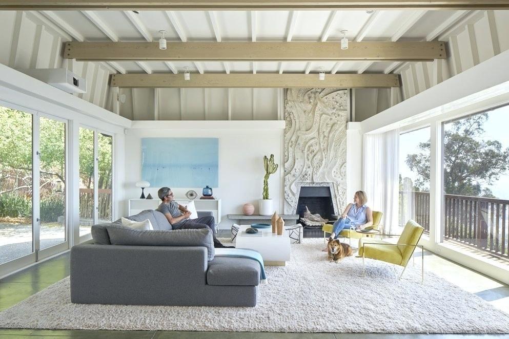Mitte Jahrhundert Moderne Kamin #sofa #midcentury #stuhl #centurymodern # Sessel #holzdecke