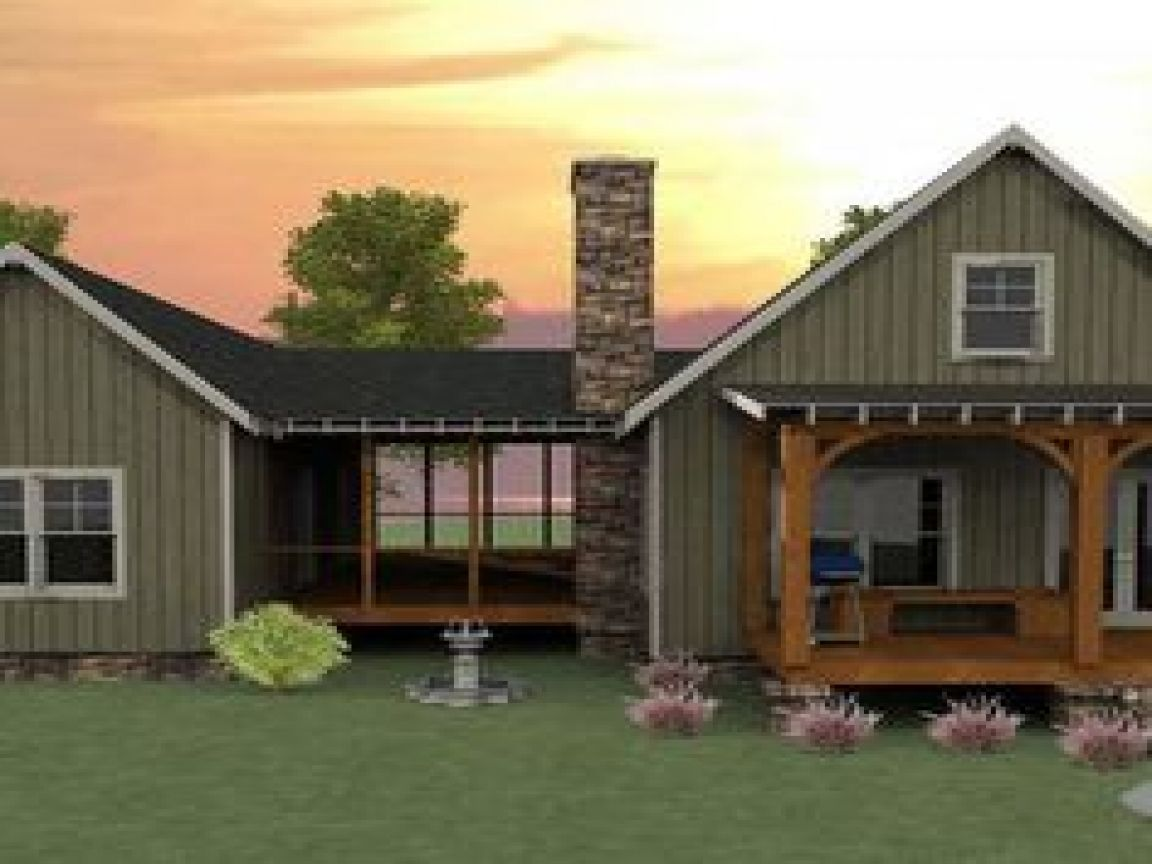 Small cabin ideas pictures remodel and decor - Camp Creek Cabin Is A Dogtrot House Plan That Has A Spacious Screened Porch Stone Fireplace Vaulted Family Room And A Loft By Max Fulbright