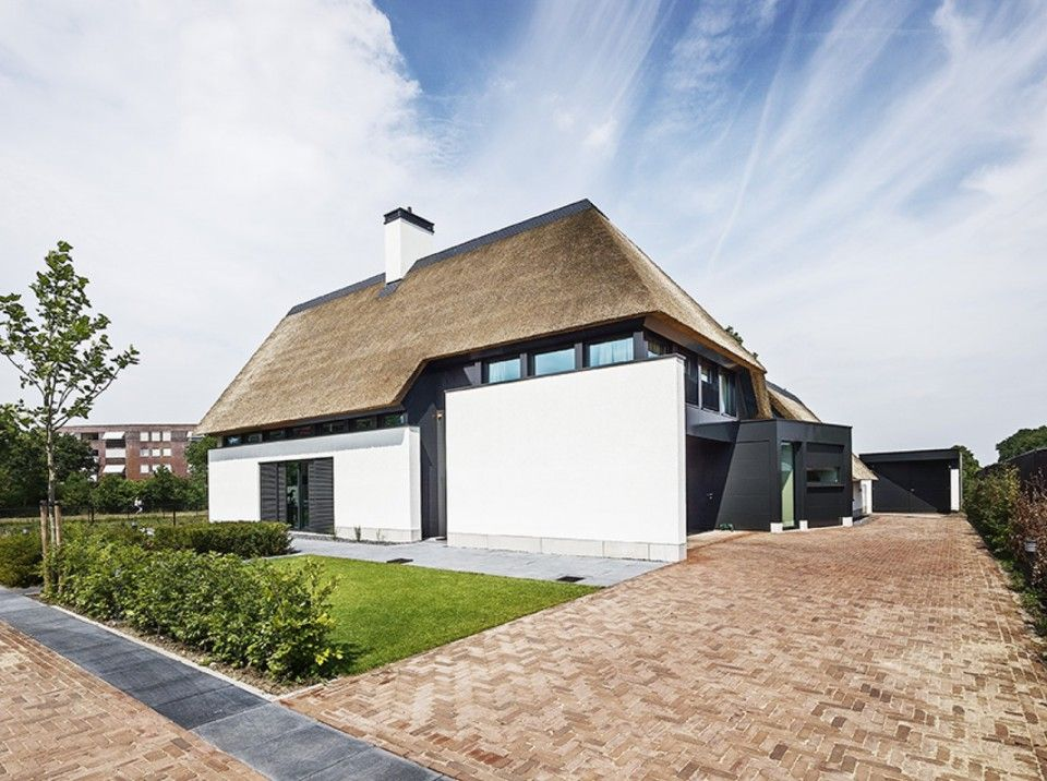 Van dinther bouwbedrijf landelijk modern huis architectuur pinterest modern for Modern huis binnenhuisarchitectuur villas