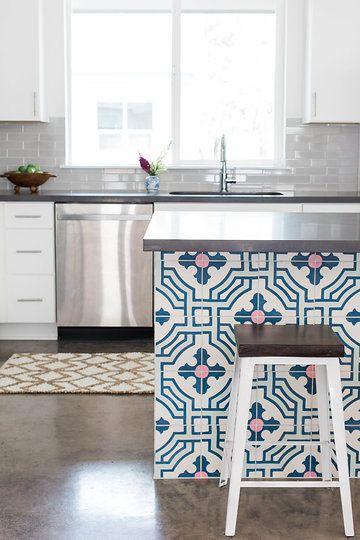 Custom Tiled Kitchen Island Interiors By Stone Textile Kitchen Home Kitchens Interior