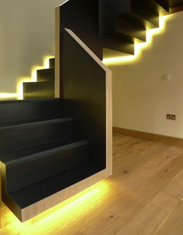 escalier aux l ments lumineux escalier exterieur pinterest escaliers sinequanone et logement. Black Bedroom Furniture Sets. Home Design Ideas