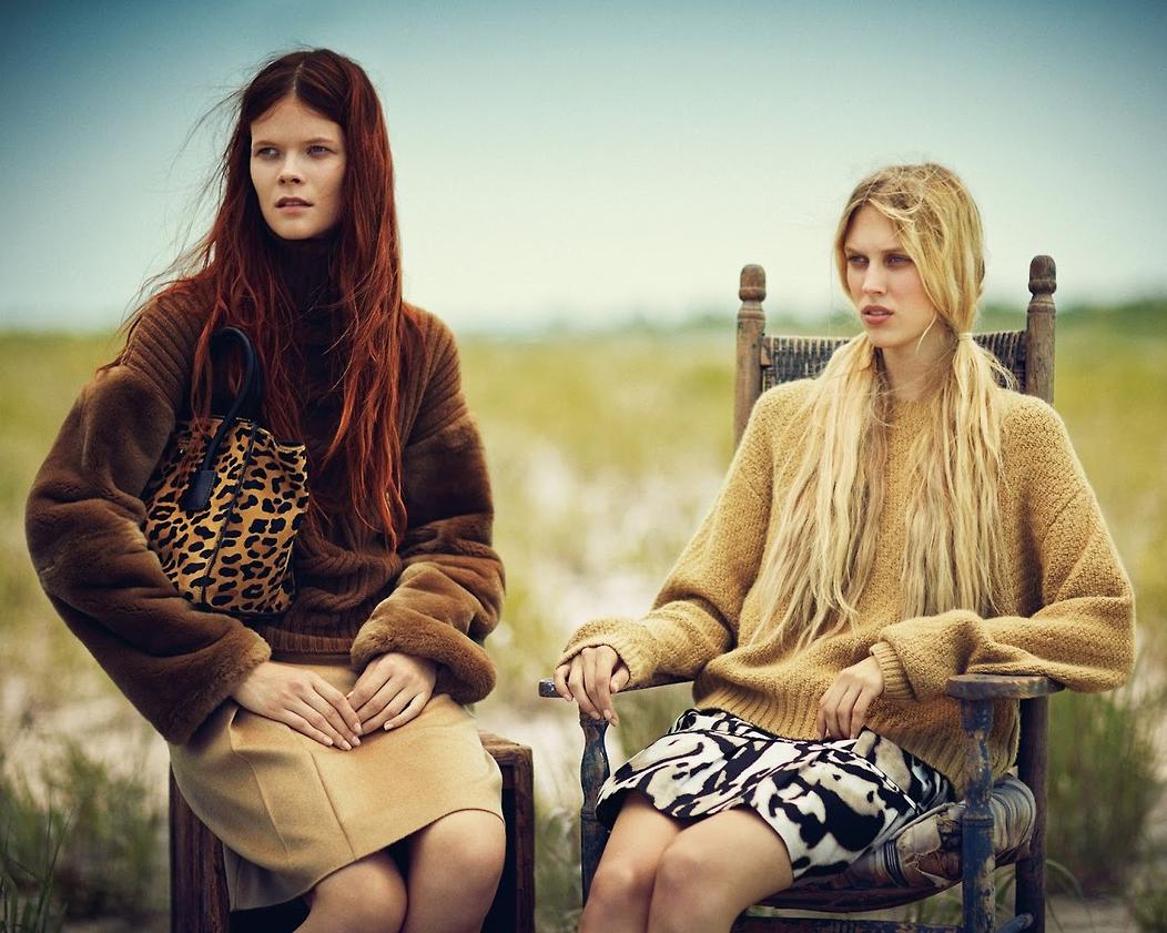 Sleepy tigers. #Animal #Print #Clutch #Skirt #Sweaters #Fall #Editorial