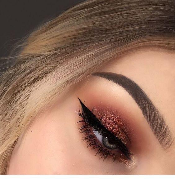 Festive Christmas Makeup Ideas #eyemakeup
